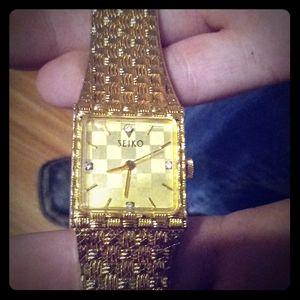 14k gold watch
